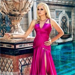 Penelope-Cruz-Donatella-Versace